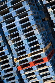Free Stacked Pallets 4 Royalty Free Stock Photos - 7741208