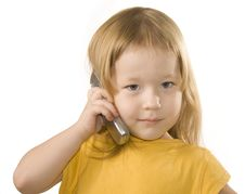 Free Small Girl Is Calling Royalty Free Stock Images - 7742919