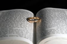 Free A Wedding Ring Stock Images - 7744574