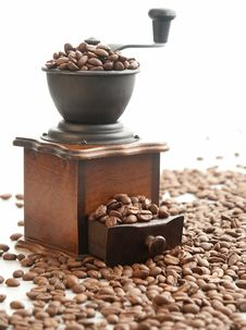 Free Coffee Grinder Royalty Free Stock Photos - 7746018