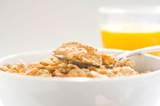 Free Bowl Of Cereal With Raisins Stock Photography - 7748312
