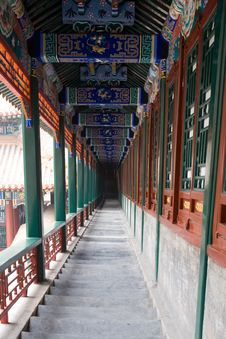 Free The Long Corridor Royalty Free Stock Image - 7751466