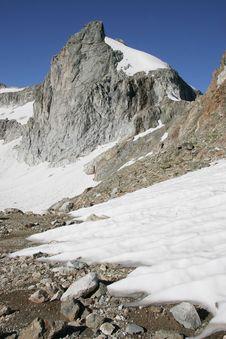 Free Caucasus Mountain Royalty Free Stock Photos - 7755378