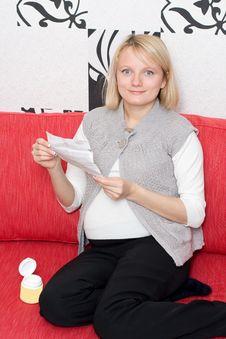 Free Pregnant Woman Royalty Free Stock Photo - 7756615