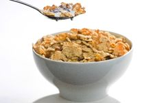 Free Bowl Of Cereal With Raisins And Milk Royalty Free Stock Photo - 7761155