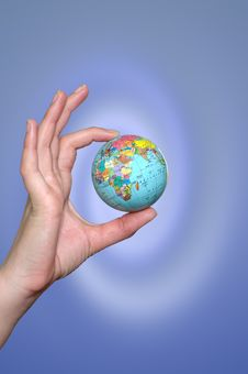 Hand Holding A Planet Royalty Free Stock Photos