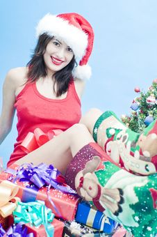 Free Sexy Girl With Sat On Presents Royalty Free Stock Photography - 7764427