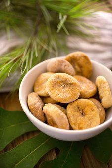 Free Dry Figs In Bowl Royalty Free Stock Photo - 7765495