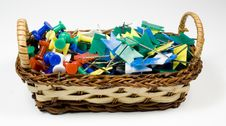 Free Bast Basket With Colored Pushpins Royalty Free Stock Photography - 7768007