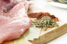 Free Raw Meat Royalty Free Stock Photos - 7770148