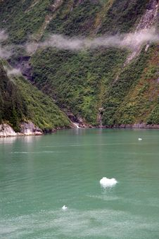 Free Tracy Arm Fiord Royalty Free Stock Images - 7770759