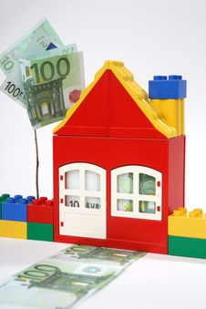 Free House With Banknotes  - Save Money. Royalty Free Stock Photography - 7771207
