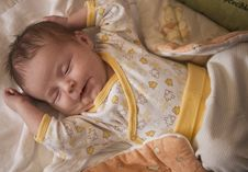 Free Newborn Baby Sleeping Royalty Free Stock Image - 7776326