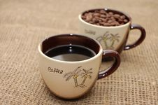 Free Two Coffee Cups Royalty Free Stock Photos - 7776938