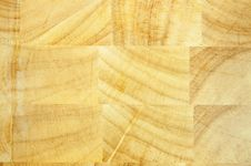 Free Hardwood Cutting Board Royalty Free Stock Photo - 7781735