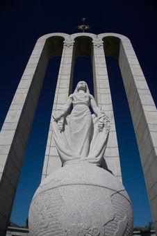 Free Huguenot S Monument Royalty Free Stock Photos - 7782338