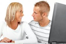 Free Happy Couple With Laptop Royalty Free Stock Photos - 7783058
