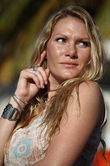 Free Headshot Of A Beautiful Woman Stock Photography - 7784002