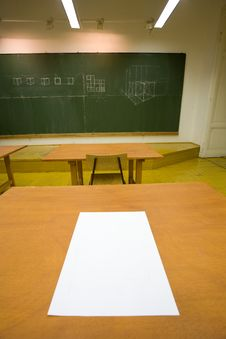 Free Empty Classroom Royalty Free Stock Images - 7790639