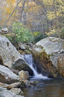 Free Autumn Waterfall Royalty Free Stock Photo - 7795535