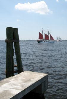 Sailing Pirate Ship Royalty Free Stock Image