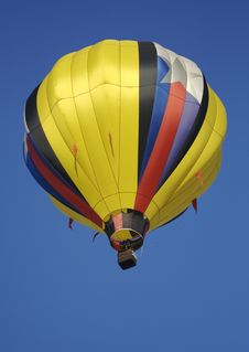 Yellow Striped Hot Air Balloon Royalty Free Stock Image