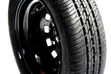 Free Car Spare Tyre Royalty Free Stock Photography - 7802827