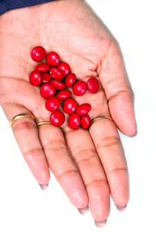 Free Red Pills In Female Hand Royalty Free Stock Images - 7805879