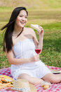 Free Beautiful Asian Girl Picnic In The Park Royalty Free Stock Images - 7811909