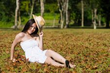 Free Beautiful Asian Girl In The Park Royalty Free Stock Photos - 7811678