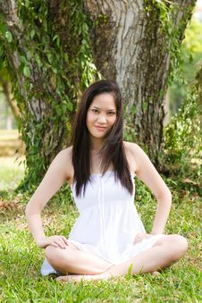 Free Beautiful Asian Girl In The Park Royalty Free Stock Photography - 7811967