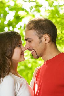 Free Young Couple In Love Royalty Free Stock Images - 7828939