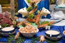 Free King Prawns And Lobsters With Butter Dolphins Royalty Free Stock Photos - 7830248