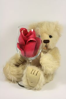 Free Valentines Teddy Bear Royalty Free Stock Photos - 7831638