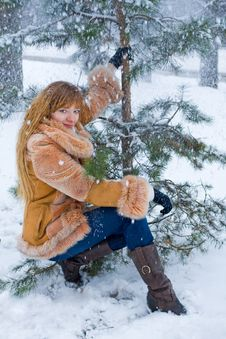 Free Winter Girl Royalty Free Stock Photo - 7833545