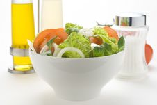 Free Fresh Natural Salad Bowl Tomato Lettuce Onion Royalty Free Stock Photography - 7838807