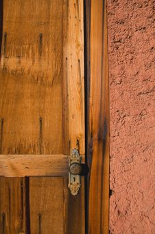 Free Old Wood Door Royalty Free Stock Images - 7838999