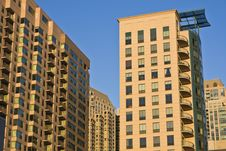 Free New Condo Building In Chicago Royalty Free Stock Images - 7839049