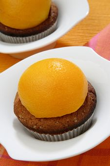Free Baked Dessert With Peach Fruit Royalty Free Stock Photography - 7842727