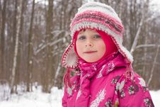 Free Smiling Winter Girl Stock Images - 7842954