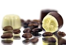 Free Pralines And Coffee Kernels Stock Photo - 7844200