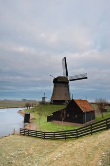 Free Windmill Landscape Royalty Free Stock Images - 7847309