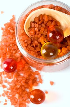 Free Bath Salt And Oil Balls In A Bowl Royalty Free Stock Image - 7849366