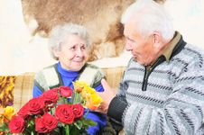 Free Elderly Man With Elderly Woman Royalty Free Stock Photography - 7857387