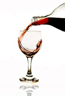 Free Pouring Red Wine In Glass Stock Images - 7858314