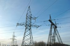 Free Electric Power Lines Royalty Free Stock Photos - 7858598