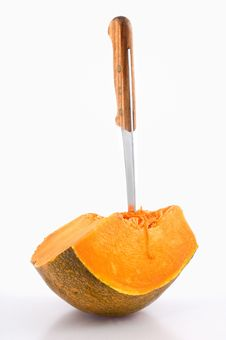 Free Knife And Pumpkin Royalty Free Stock Image - 7859966