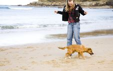 Free Young Woman With Dog Royalty Free Stock Photography - 7860837