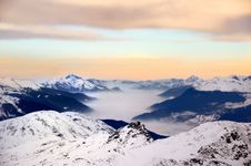 Free Misty Sunrise In The Alps Royalty Free Stock Photography - 7861597