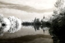 Free Reflex On The Lake Infrared Royalty Free Stock Image - 7862076